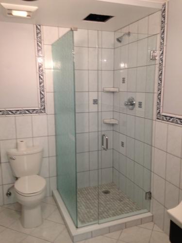 Shower door 46a
